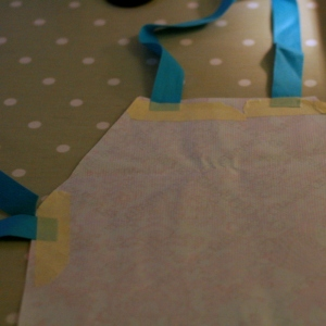 oilcloth apron tutorial