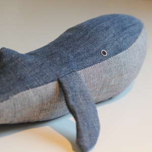 upcycled demin whale soft toy tutorial