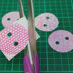 little button diaries shrink buttons tutorial 6