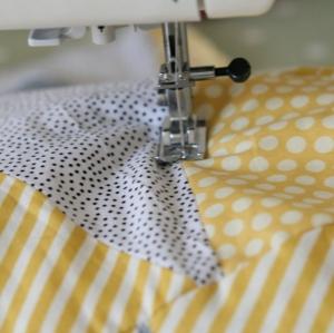 geometric quilt DIY