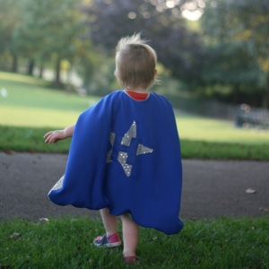 sparkly superhero cape DIY