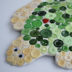 How to Make a Mosaic Button Turtle #Mosaic #KidsCraft #buttons