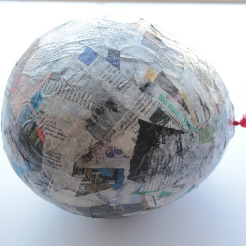 How to Make a Paper Mache Hot Air Balloon #Mache #KidsCraft